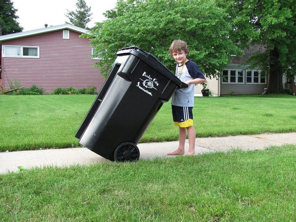 dlaczeg odpadow budowlanych nie mozna wyrzucac do pojemnikow 960x720 - Dlaczego odpadów budowlanych nie można wyrzucać do pojemników na odpady komunalne ?